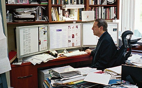 Al Gore with Three Monitors