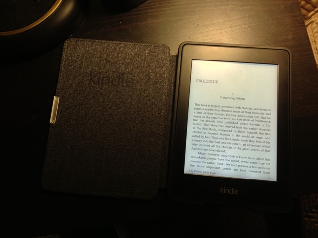 Kindle Paperwhite Magnetic Cover open